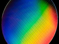 英特尔聚焦全栈量子研究:发布多项重磅量子计算研究成果