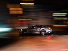 沃尔沃研究自动驾驶汽车晕车问题 通过声音提示车辆即将进行的操作